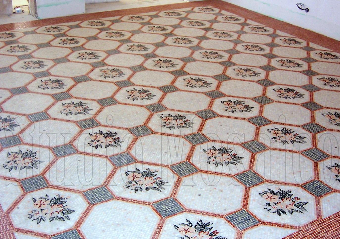 Conosciuto mosaico di vetro e marmo RL79